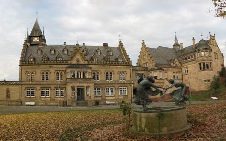 Schloss Gondelsheim mit Nymphenbrunnen