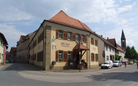 Alte Post mit Postmuseum in Oberhausen-Rheinhausen