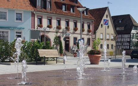 Kirchplatz in Walzbachtal